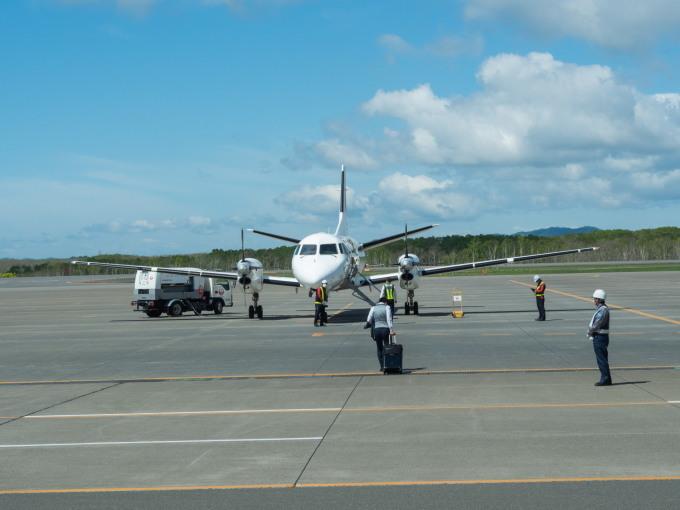 北海道エアシステムの新機材ATR42に乗って・・函館へ(1)_f0276498_13084692.jpg