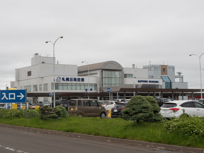 北海道エアシステムの新機材ATR42に乗って・・函館へ(1)_f0276498_13101083.jpg