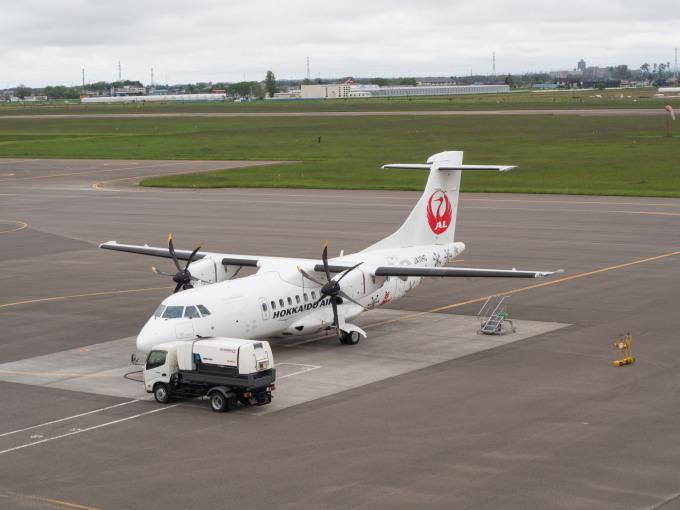 北海道エアシステムの新機材ATR42に乗って・・函館へ(1)_f0276498_13103003.jpg