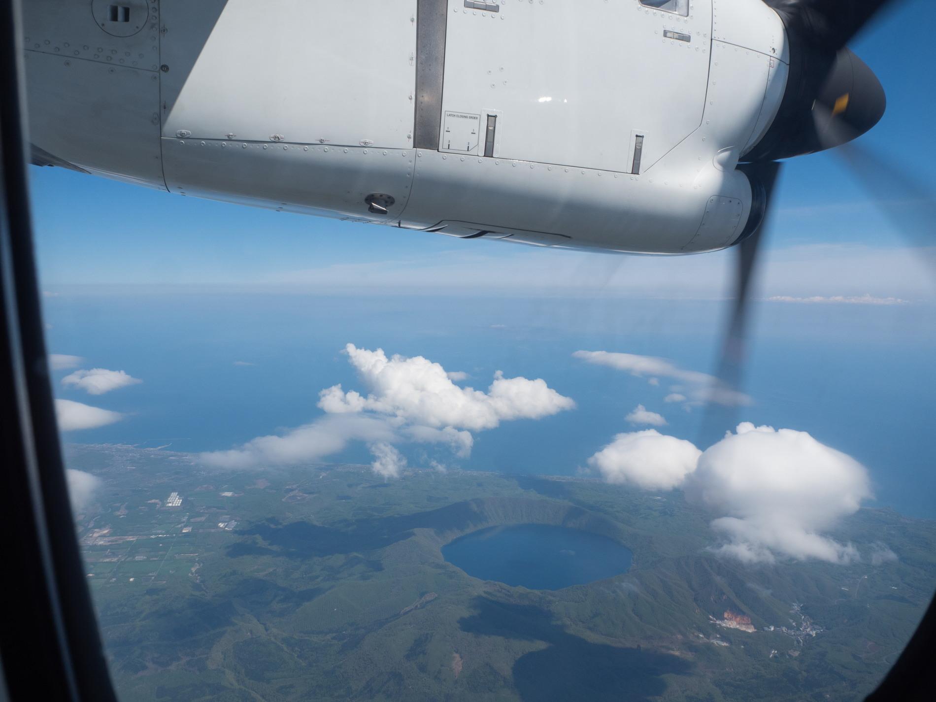 北海道エアシステムの新機材ATR42に乗って・・函館へ(1)_f0276498_13125451.jpg