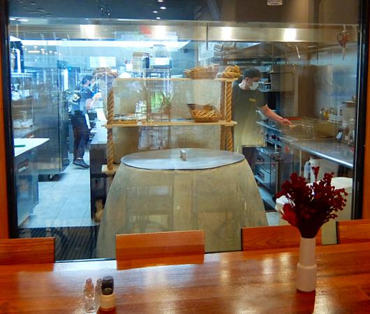 フェーズ2のNY、コロナ対策万全のレストラン(Chama Mama)でお食事へ_b0007805_02473837.jpg