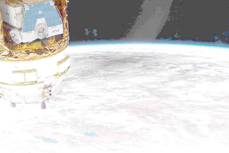 『国際宇宙ステーションからみたの皆既日食時の地球食』/ 何が映っているの?_b0003330_14304194.jpg
