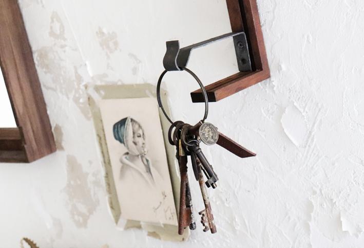 在り合わせで簡単DIY☆「アートな壁掛けフック」_d0351435_10183665.jpg