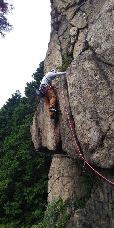 堡塁岩はやはり涼しかった_b0227552_23034707.jpg