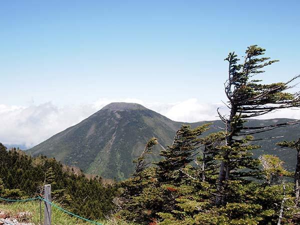 北横岳と縞枯山_c0011862_18515172.jpeg