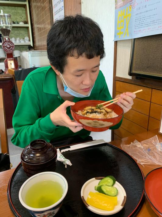 余呉湖でうなぎを食す_d0227066_13222316.jpg