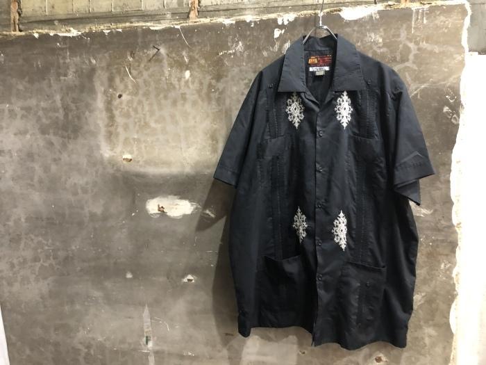 黒キューバシャツ&フレンチラコステ_b0247211_20170482.jpeg
