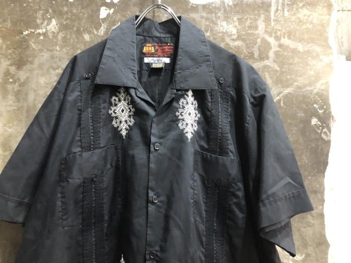 黒キューバシャツ&フレンチラコステ_b0247211_20173285.jpeg