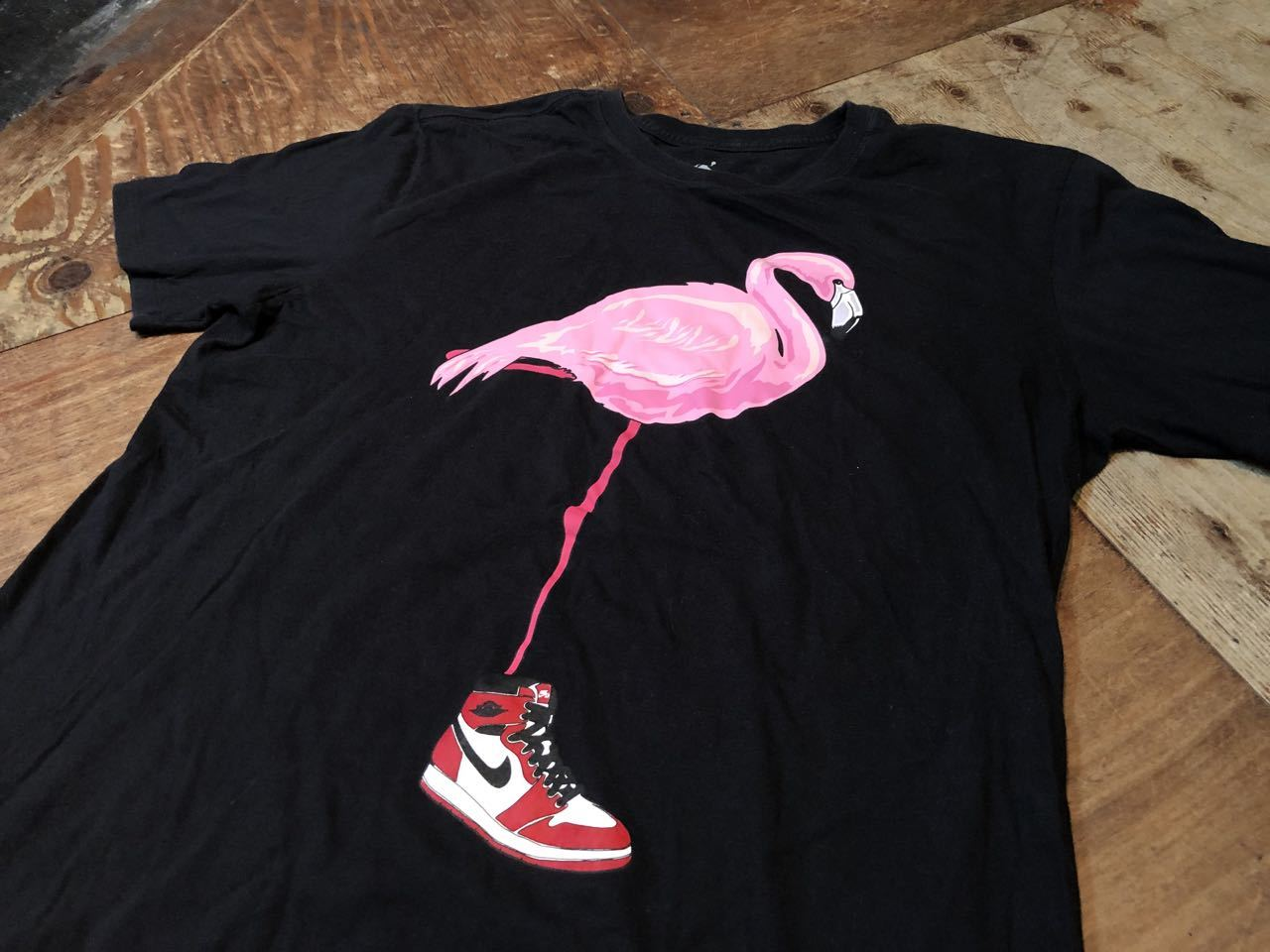 6月29日(月)入荷!NIKE JORDAN 1 ピンク フラミンゴ Tシャツ!_c0144020_13104279.jpg