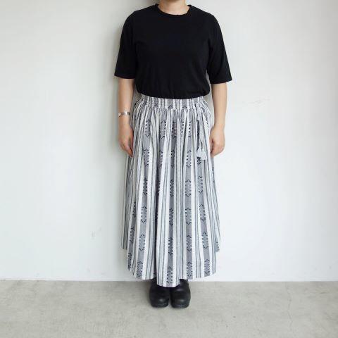 Slow Hands : Dobby stripe gather skirt_a0234452_13374489.jpg