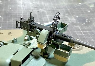 アシェット 74式戦車をつくる 4 (12.7mm重機関銃)_a0352357_22404939.jpg