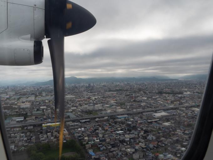 北海道エアシステムの新機材ATR42に乗って・・函館へ(3)_f0276498_22055678.jpg