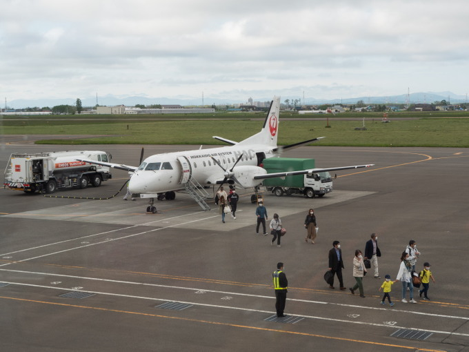 北海道エアシステムの新機材ATR42に乗って・・函館へ(3)_f0276498_22065332.jpg