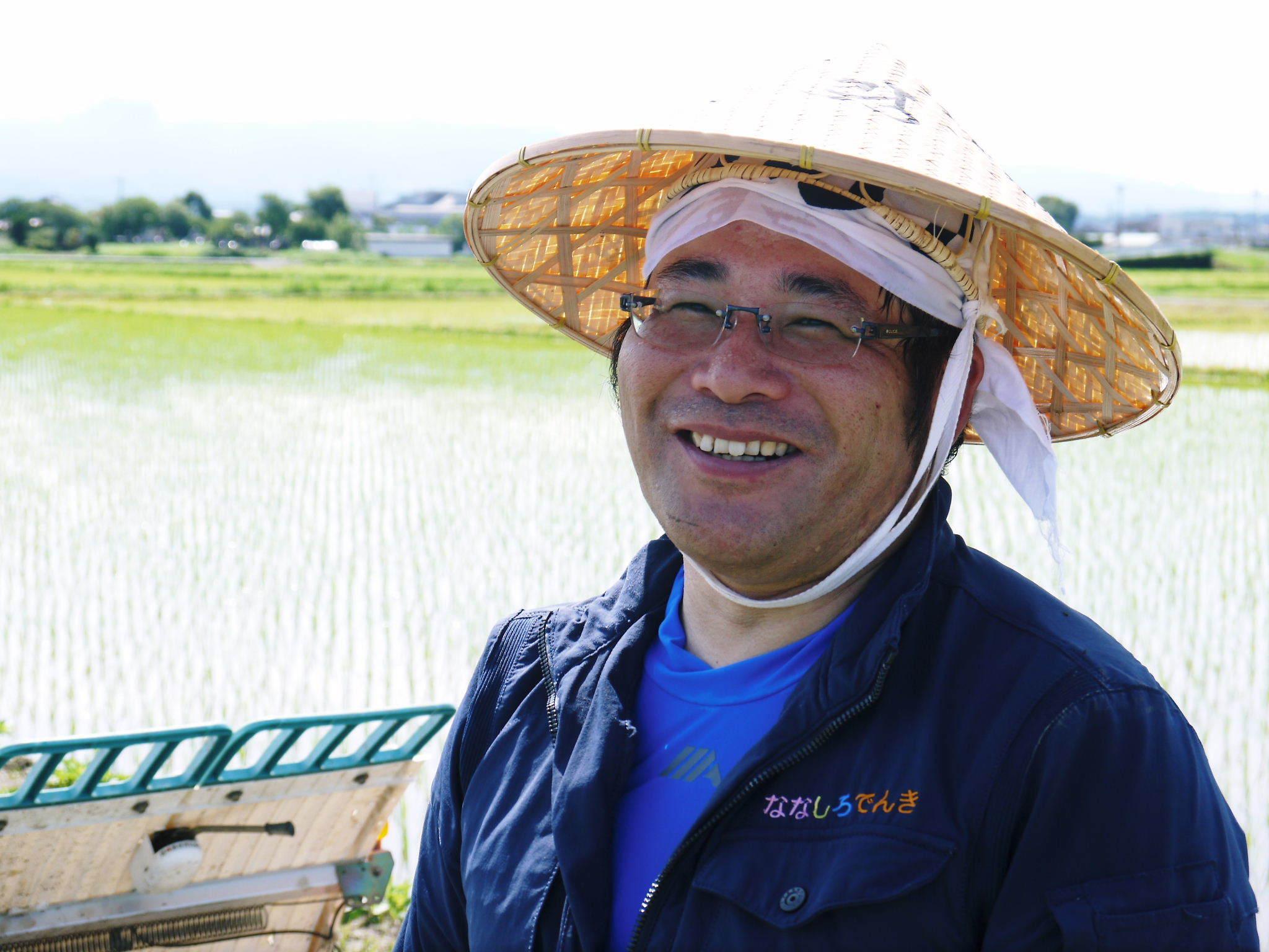 砂田のこだわりれんげ米 田植えの様子(2020) 前編:今年も変わらずれんげを有機肥料にした田んぼです_a0254656_17261724.jpg