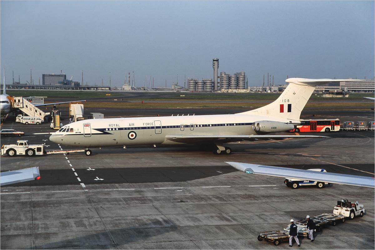 Stockroom 80 - 東京国際空港_c0308259_01065806.jpg