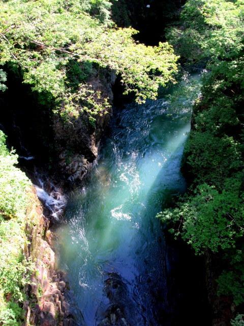 名勝 吾妻峡 * 梅雨の晴れ間、緑の渓谷に涼む♪_f0236260_21012960.jpg