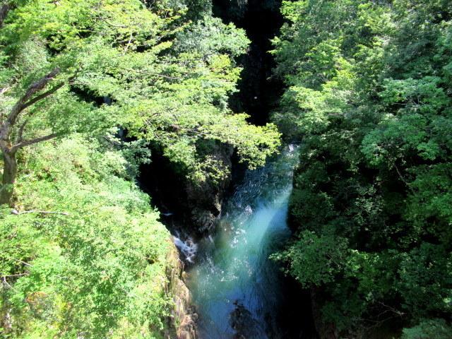 名勝 吾妻峡 * 梅雨の晴れ間、緑の渓谷に涼む♪_f0236260_21122236.jpg