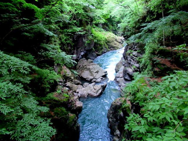 名勝 吾妻峡 * 梅雨の晴れ間、緑の渓谷に涼む♪_f0236260_21274462.jpg