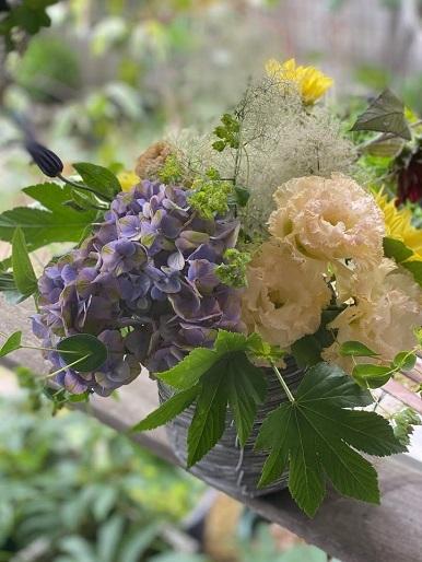 今月のお花のお教室_b0016668_22391608.jpg