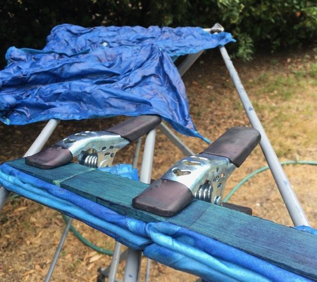 藍染めの忘備録ー絞り染めと板締めでナプキン_e0350971_22475461.jpg