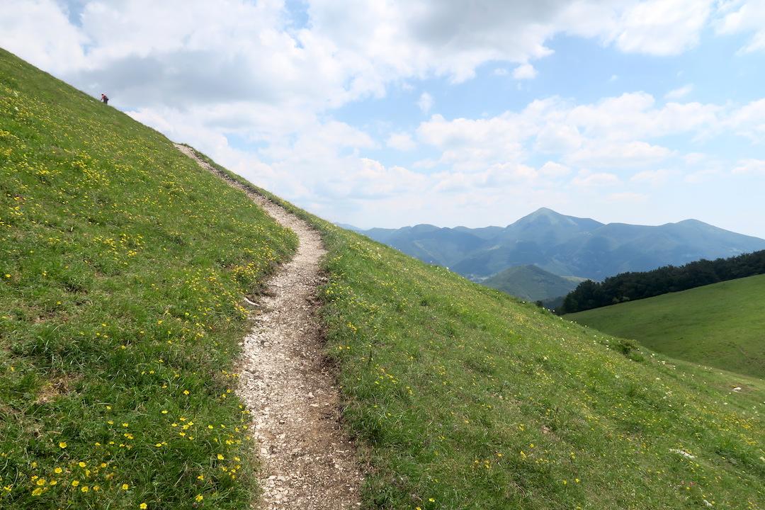 眺めよし攻撃びっくり魔女の山 Monte della Strega_f0234936_6341844.jpg