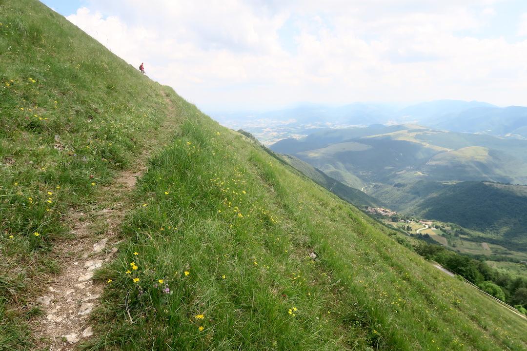 眺めよし攻撃びっくり魔女の山 Monte della Strega_f0234936_6353194.jpg