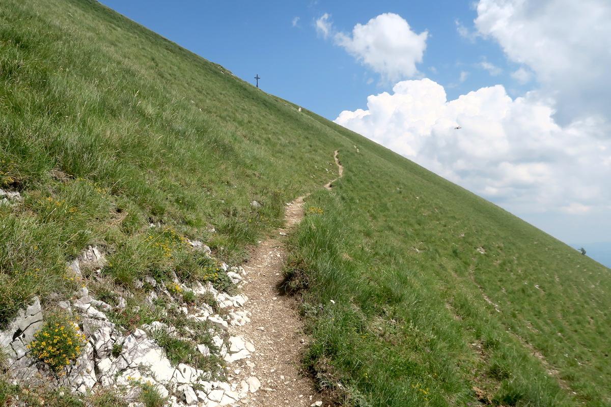 眺めよし攻撃びっくり魔女の山 Monte della Strega_f0234936_6402711.jpg