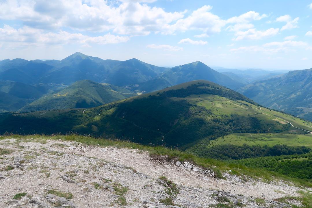 眺めよし攻撃びっくり魔女の山 Monte della Strega_f0234936_6532085.jpg