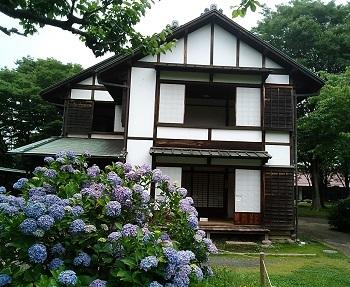 郵便局の窓 府中(東京)_e0098739_14355733.jpg