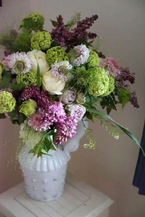 ライラックとスノーボールの花束_f0127281_19160399.jpg