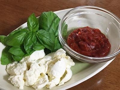 発酵バター香るサクサクメロンパンとマルゲリータ_f0231189_23014380.jpg