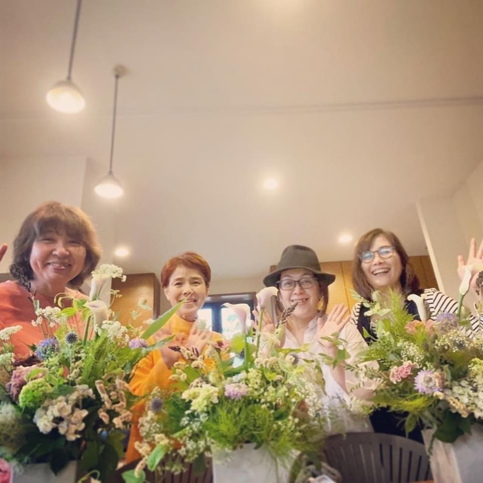 6月 Flower  Lesson のようす littlewomen _d0165505_18333916.jpg