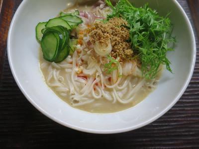 胡麻豆乳麺_e0262651_17103671.jpg
