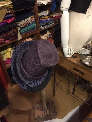 帽子をちっともあげていませんでした_a0157872_03092794.jpg