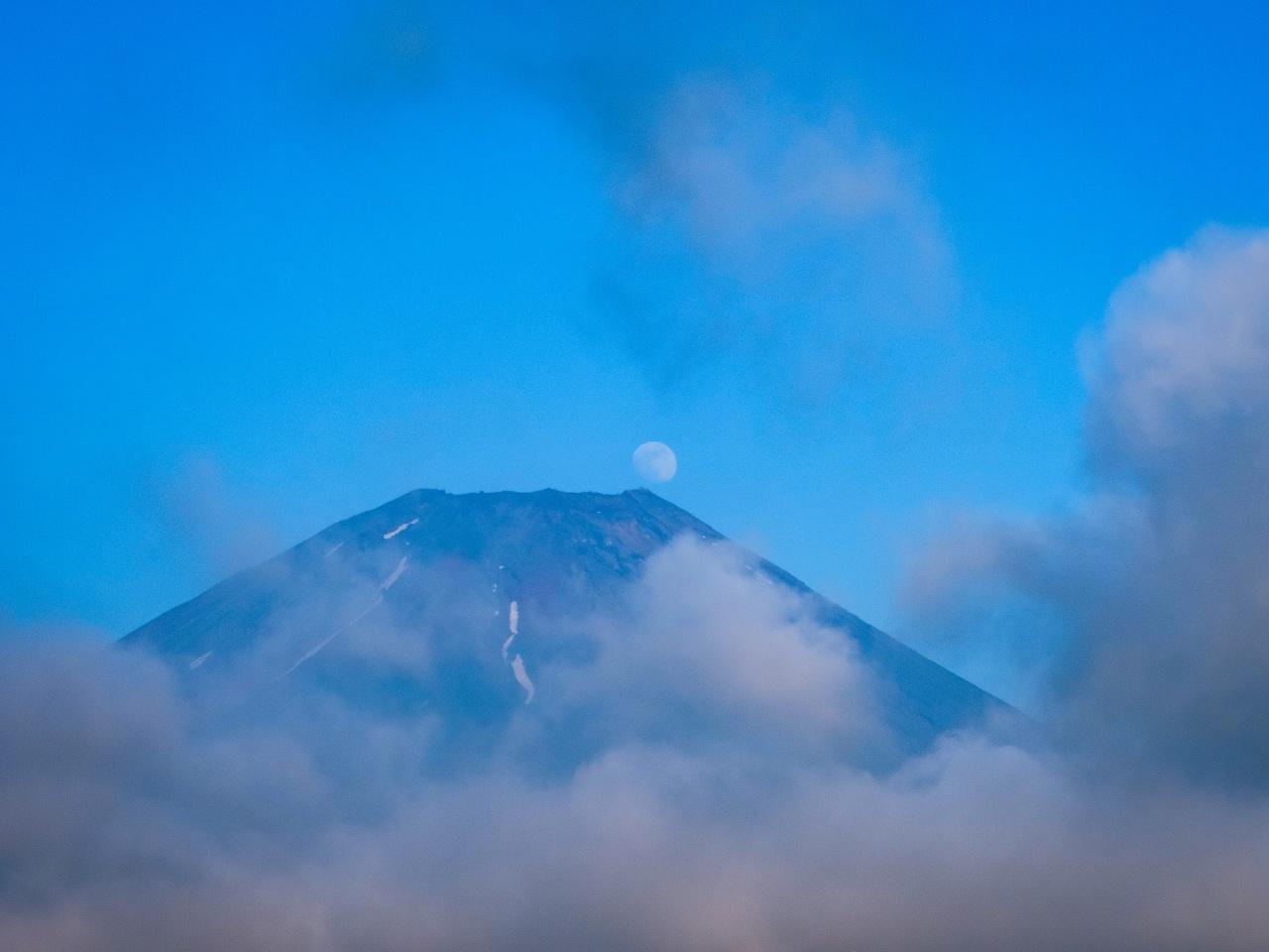 2020.7.2梅雨の晴れ間のパール富士(朝霧高原)_e0321032_19212438.jpg