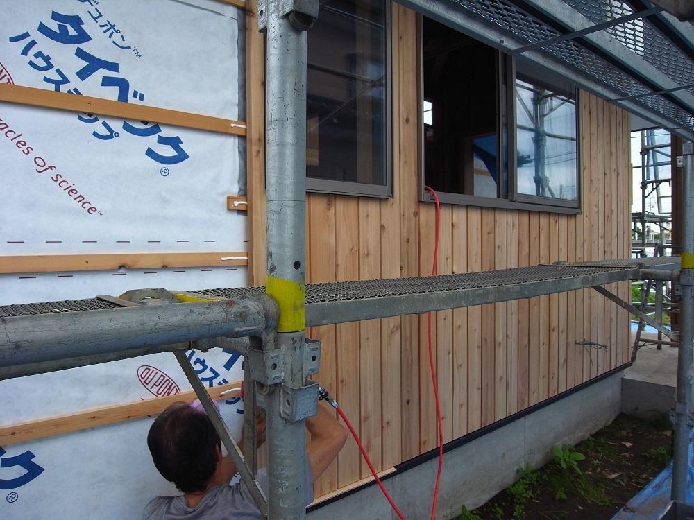 抽ヶ台の家 外壁工事ー2 2020/7/3_a0039934_13213632.jpg