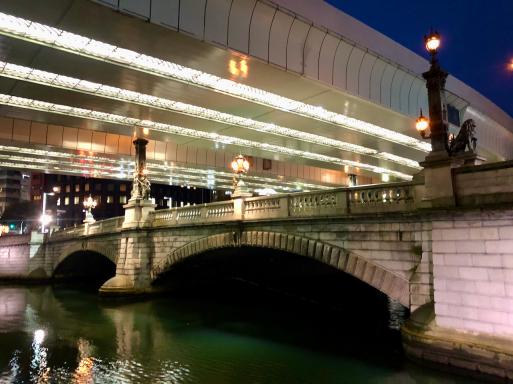 思いがけずキレイなトンネル。と、東海道終点と始点。_d0057843_20402640.jpeg