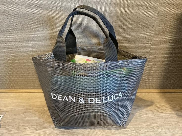 Dean Delucaのメッシュトート と しまむらのエコバッグ リタイア夫と空の旅 海の旅 二人旅