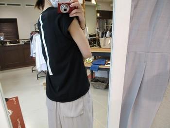 夏に涼しく快適に着られるロゴT&ワイドパンツ【出雲店】_e0193499_10414829.jpg