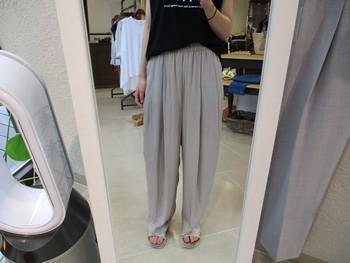 夏に涼しく快適に着られるロゴT&ワイドパンツ【出雲店】_e0193499_10523659.jpg