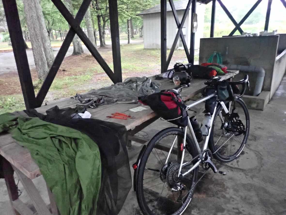 梅雨空キャンプツーリング 2/3_d0211129_19072049.jpg