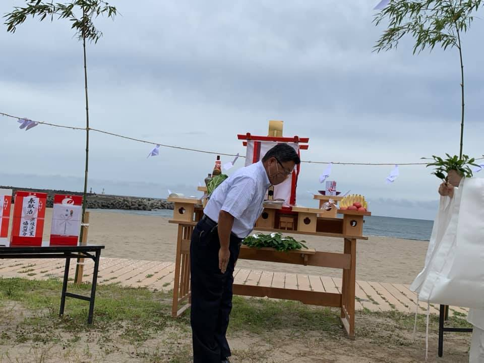【 浜坂にある県民サンビーチの海開きに 】_f0112434_14443193.jpg