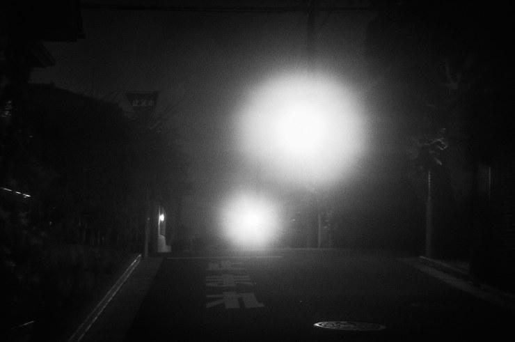 夜の散歩(3cut)_e0342136_23413280.jpg