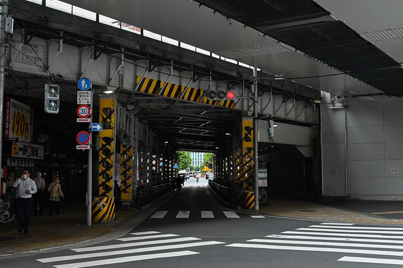 Hello from Tokyo 129 神田南口_a0003650_23094672.jpg
