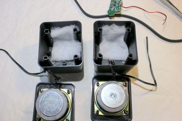 TPA1517NEで4台目のアンプを作って、ダイソーUSBミニスピーカーを鳴らす!の巻_f0325295_16571126.jpg