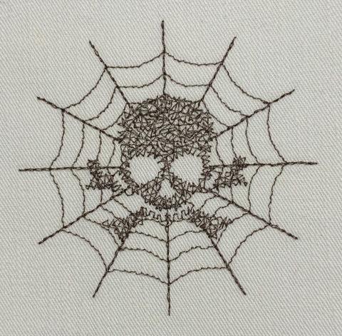 蜘蛛の巣にドクロのクモの巣刺繍マスク♪_c0316026_21192414.jpg