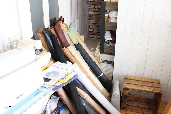 ミシン部屋の家具配置替えと「押入れ収納DIY1」ようやくお披露目♪_f0023333_23064902.jpg