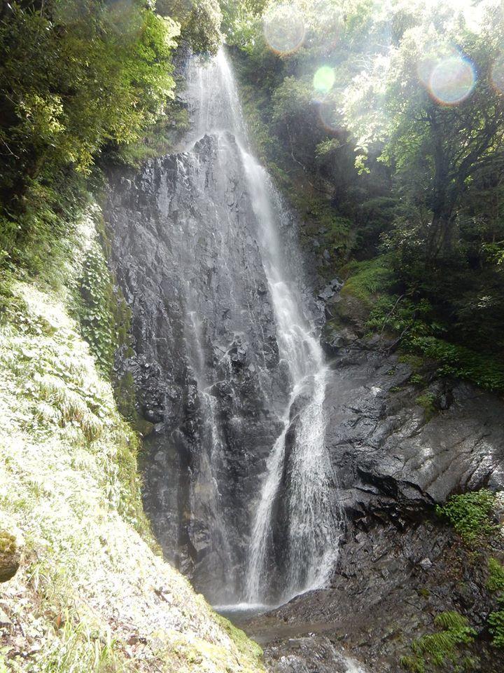 【 猿尾の滝、上の道が7年ぶりに開通 】_f0112434_17220041.jpg