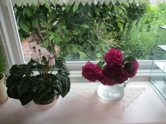 薔薇を飾って我が家でランチ~_a0279743_07321017.jpg