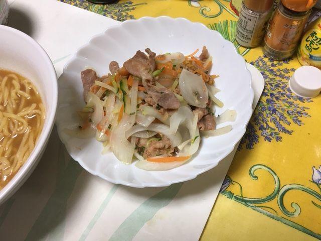 友人が料理すると味が変わっていいですね_c0000956_22332971.jpeg